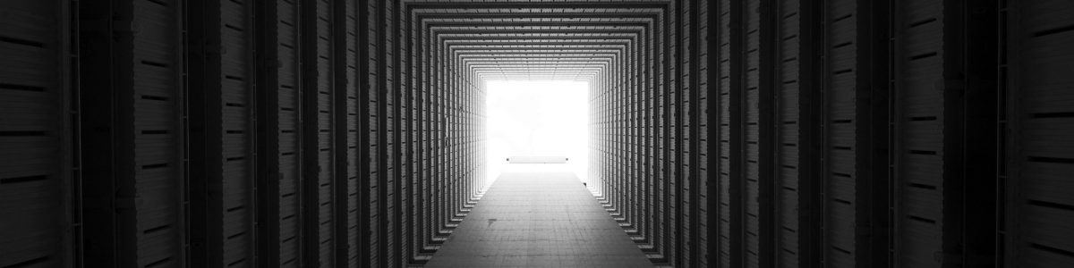 concrete-tunnel-3043424